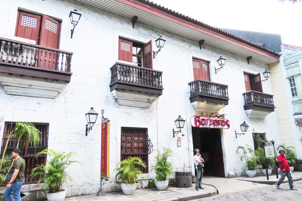 フィリピン留学APSE・マニラ観光バルバラス-Barbara's-Heritage-Restaurant