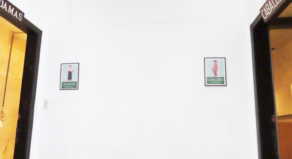 トイレ_スペイン語_左から_男性_女性