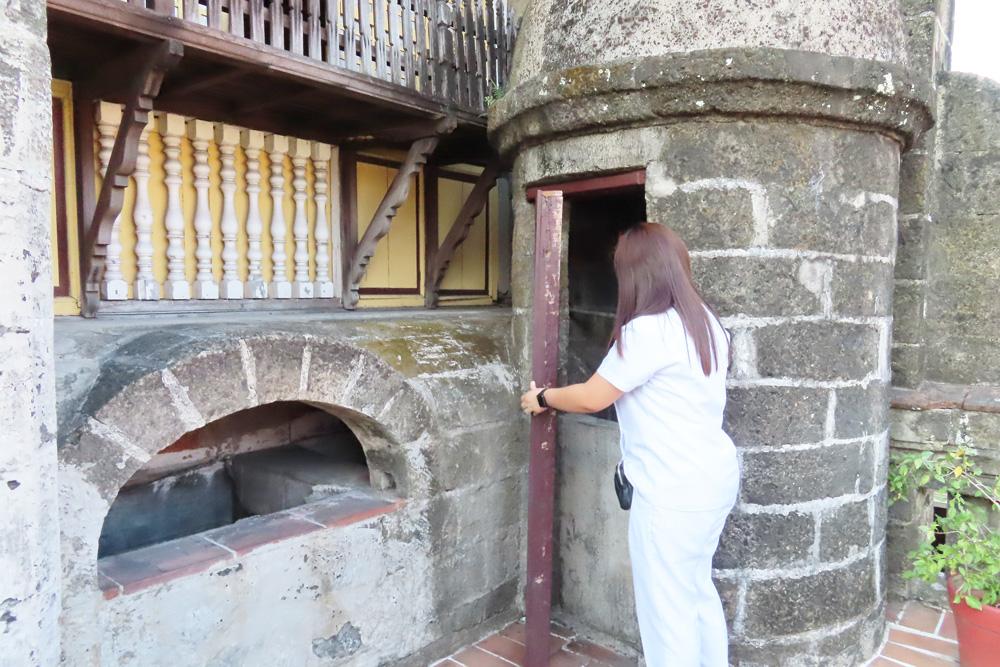 カーサマニラ博物館-フィリピン留学APSE-マニラ観光-煙突